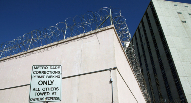 Fior Pichardo De Veloz was jailed in a cell with about 40 other inmates. (Eliot J. Schechter/Getty)