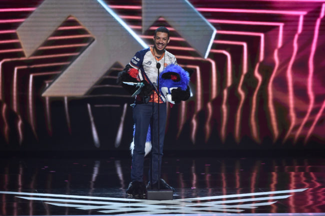 """Dominique """"SonicFox"""" McLean gives a speech after winning the award for best esports player in the world"""