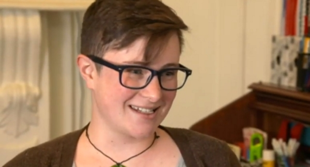 Trans New Zealand dad Scout Barbour-Evans gave birth to their daughter earlier this month (One News New Zealand/youtube)