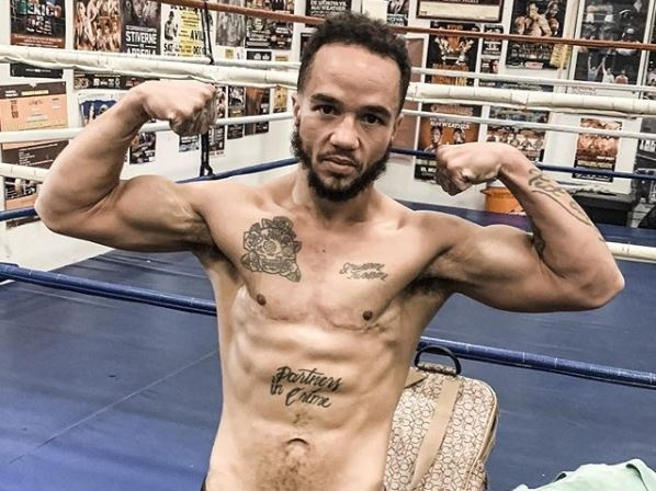 Transgender male boxer Patricio Manuel wins in debut