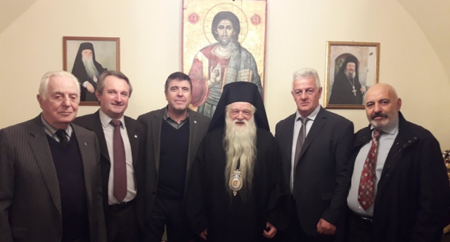 Bishop Amvrosios of Kalavryta (C) was given a seven months' suspended sentence. (Apostratoia Igialeias/Facebook)