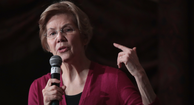 Elizabeth Warren speaks to guests during an organizing event at the Orpheum Theater on January 5, 2019 in Sioux City, Iowa. (Scott Olson/Getty Images)