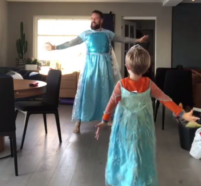 "Ørjan Burøe dances to Frozen track ""Let It Go"" with son Dexter in the viral video (Ørjan Burøe)"