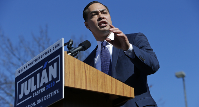 Julián Castro, former U.S. Department of Housing and Urban Development (HUD) Secretary and San Antonio Mayor, announces his candidacy for president in 2020 at Plaza Guadalupe on January 12, 2019 in San Antonio, Texas. (Edward A. Ornelas/Getty)
