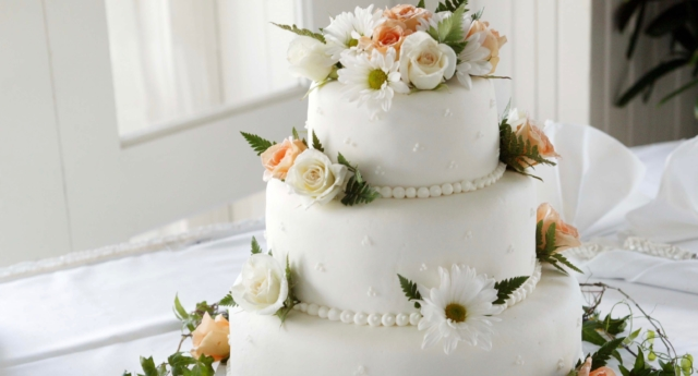 File photo of a wedding cake (Creative Commons)