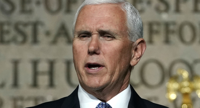 Mike Pence speech protested by Christian students in Indiana