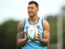 Israel Folau watches on during a Waratahs Super Rugby training session at David Phillips Sports Complex on March 25, 2019 in Sydney, Australia. (Mark Kolbe/Getty)