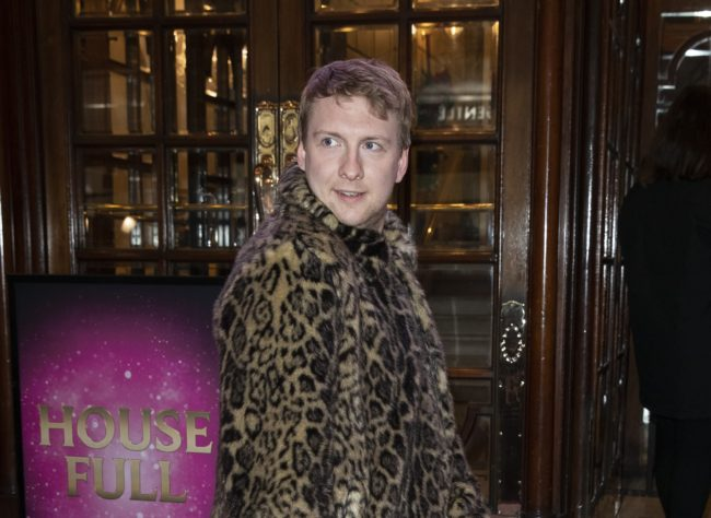 Joe Lycett attends the premiere of Snow White at London Palladium on December 12, 2018 in London, England