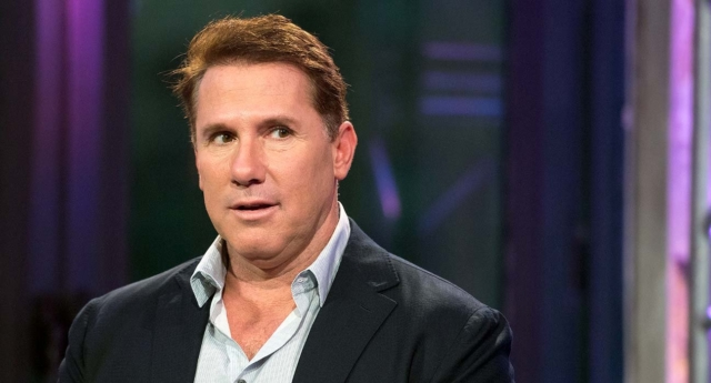 Nicholas Sparks apologises for offending LGBT community with 'anti-gay' emails