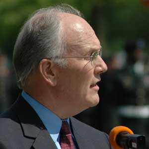 larrycraig2 A local TV station found receipts Davis had submitted for a visit to a gay ...