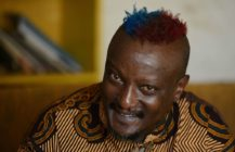 Kenyan author and gay rights activist Binyavanga Wainaina dies