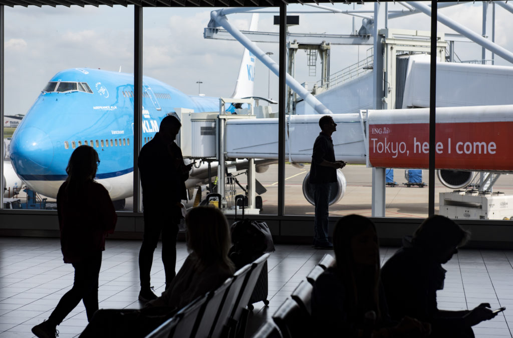 KLM investigates email about same-sex couple intervention